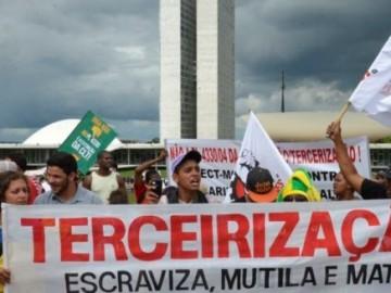 Projeto da Terceirização volta a ameaçar direitos em 2016